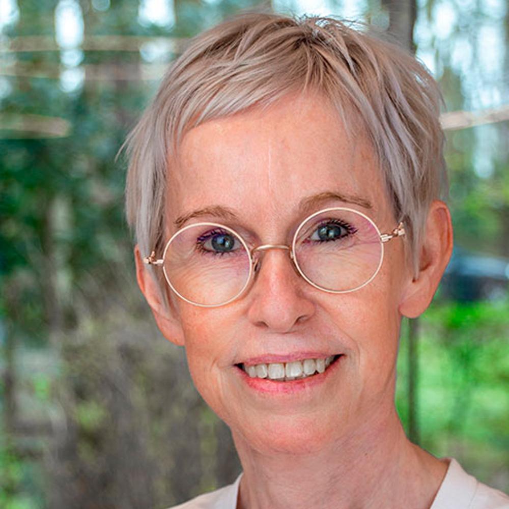Dr. Katrien Vossaert